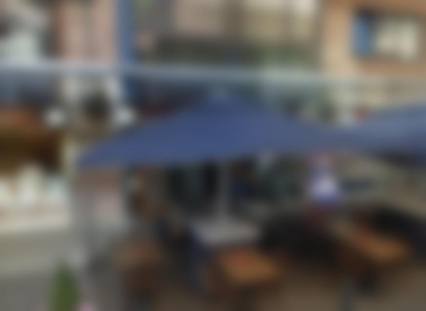Tabakszaak en Postzegelhandel Markthof_blurred